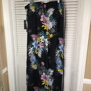 New Zac + Rachel floral wide leg pants sz xl
